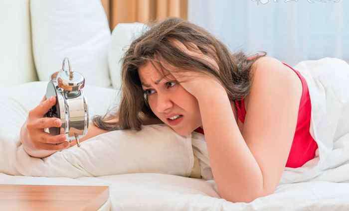 睡眠不足头晕目眩怎么回事