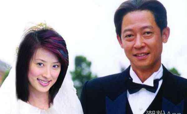 王志文老婆是谁 王志文老婆是谁 自曝两人是通过朋友介绍认识的