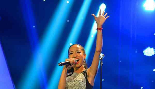 次仁拉吉 中国新歌声2次仁拉吉家庭背景资料 西藏妹子加入陈奕迅战队