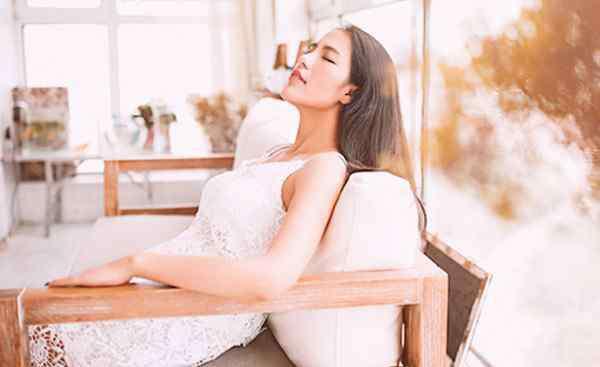 体寒的症状 女人体寒的症状都有哪些 出现这些表现要警惕了