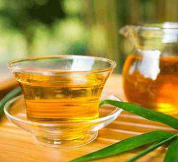 用茶水吃药可以吗 用茶叶水服药会解药效,是真的吗?