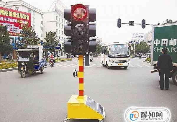 红绿灯怎么看 如何看红绿灯??