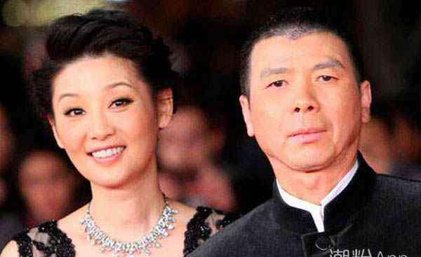 冯小刚老婆是谁 冯小刚老婆是谁 不仅是著名演员还是个大美女