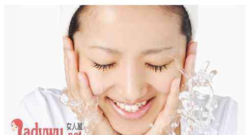 秋季保湿护肤品 秋季护肤小贴士介绍 秋天需要用什么护肤品