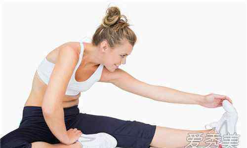 跑完步怎么拉伸小腿不会粗 跑完步怎么拉伸小腿不会粗 运动拉伸小腿方法不长肌肉