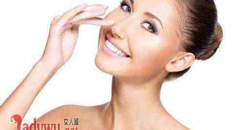 脸部毛孔粗大如何改善 脸部毛孔粗大如何改善 教你改善毛孔粗大的小技巧