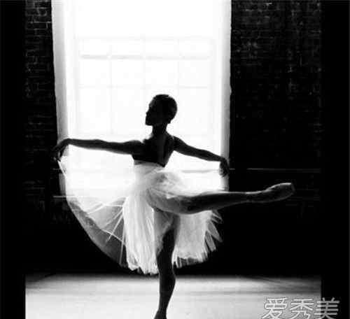适合一个女生自学的舞 跳舞可以培养气质吗 女生跳什么舞蹈最培养气质
