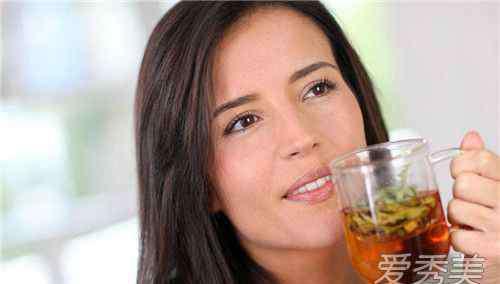 经期可以喝减肥茶吗 经期可以喝减肥茶吗 经期喝了减肥茶怎么办