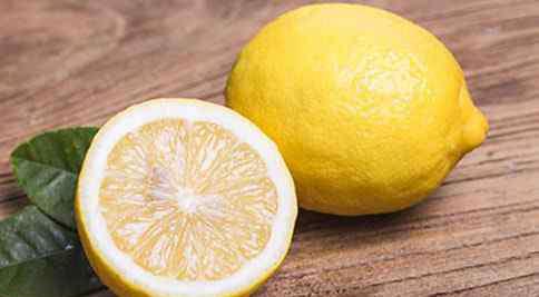 柠檬汁有哪些营养含量 柠檬水的营养成分