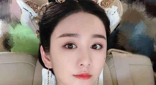 李沁的老公结婚照 演员文竹的老公是谁为何这么年轻就结婚了 演员文竹个人资料详情介绍