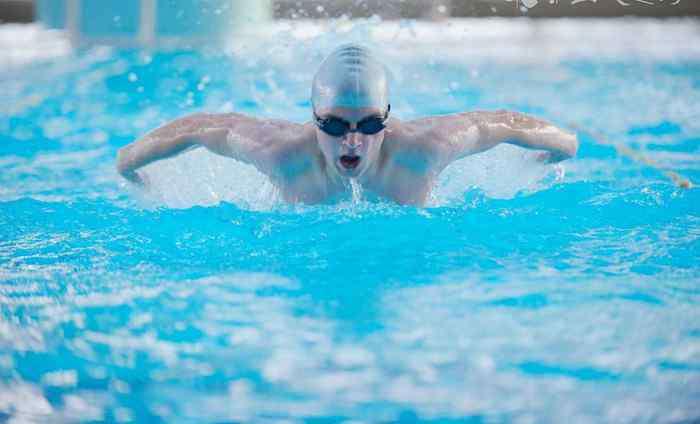 健身要先做无氧运动再做有氧运动吗
