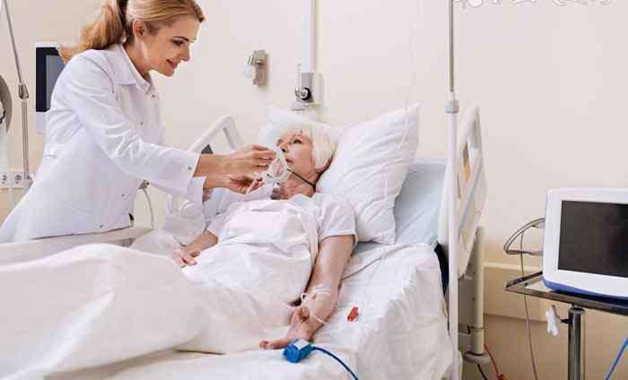 老人用吸氧机好不好