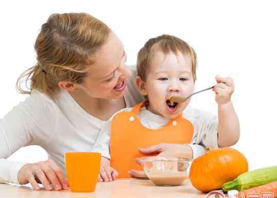 宝宝咳嗽吃什么好的快 孩子咳嗽吃什么好的快 孩子咳嗽饮食大全