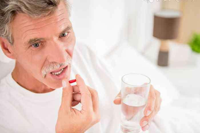 老人腰疼吃什么药好