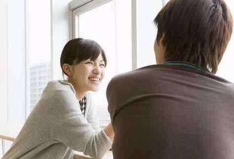 直男的表现特征 直男谈恋爱的特征 女生跟直男恋爱要有强大的内心