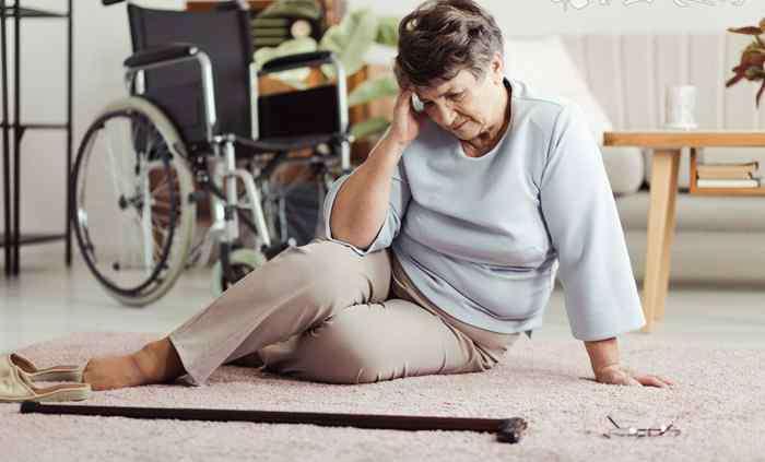 中老年人腿疼腿胀是怎么回事