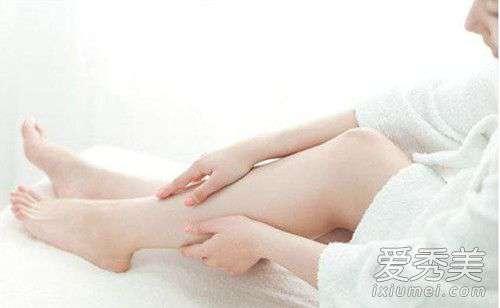 睡觉脚抽搐是怎么回事 睡觉脚抽筋怎么办?只需补充这种维生素就好了!