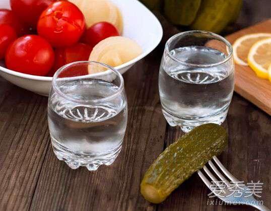 清理血管垃圾的食物 血管堵塞疾病百生 十种清血管垃圾的食物要多吃