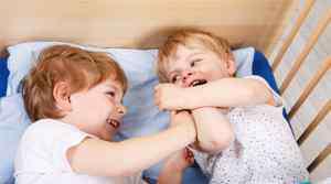 儿童灰指甲初期图片 儿童得了灰指甲怎么办