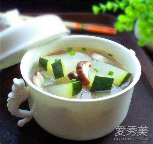 减肥冬瓜汤的做法 冬瓜为什么可以减肥 冬瓜瘦身汤的做法大全