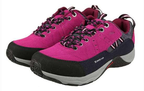 登山鞋和徒步鞋的区别 营地鞋和徒步鞋的区别