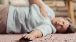 耳朵痛睡不着快速缓解 中耳炎痛睡不着怎么办
