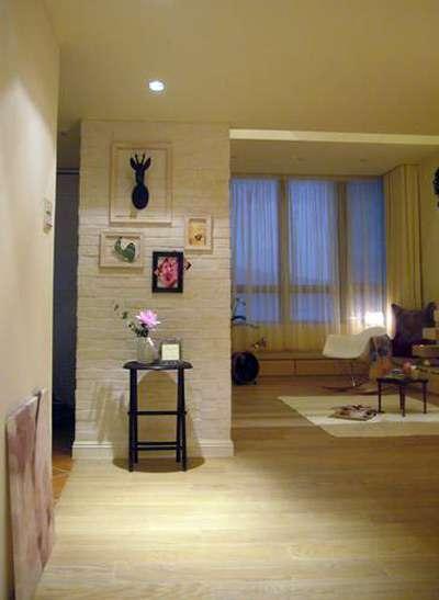 家装进门玄关隔断 客厅进门玄关隔断设计更大气 装修效果图展示