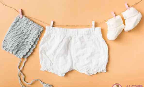 新衣服买回来要洗吗 给宝宝新买的衣服要洗吗 宝宝新衣服应该怎么洗