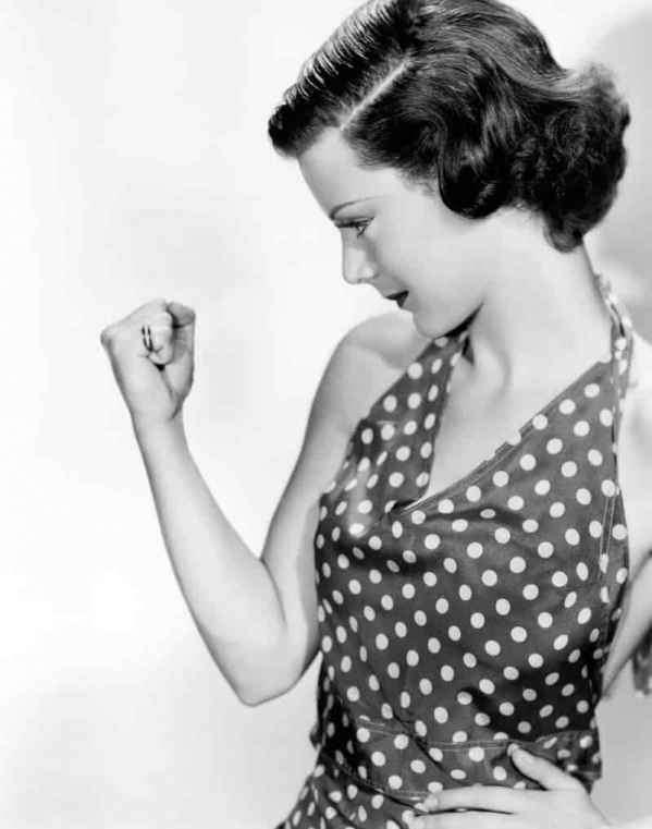 艾玛沃特森吸奶照 艾玛沃特森凸点吸奶曝光