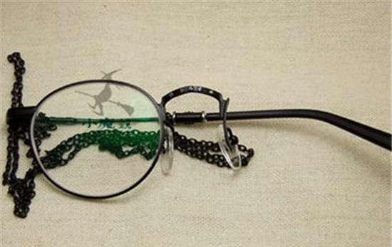 单片眼镜 单片眼镜怎么戴