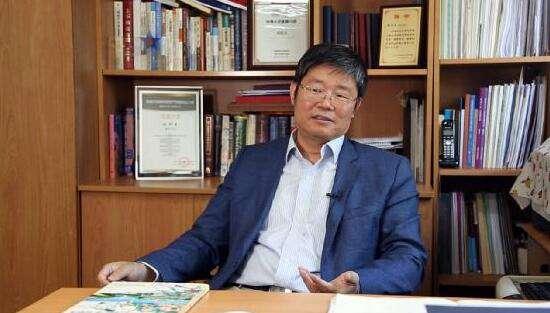 """对话刘洪玉:房地产行业""""从无到有"""" 扮演了社会经济的重要角色"""