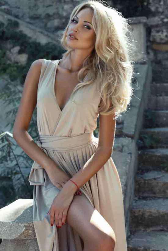 欧洲女优 欧美女明星都爱选择大框的墨镜