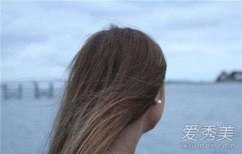 高血压导致脱发 脱发严重是什么导致的 什么情况会引起脱发