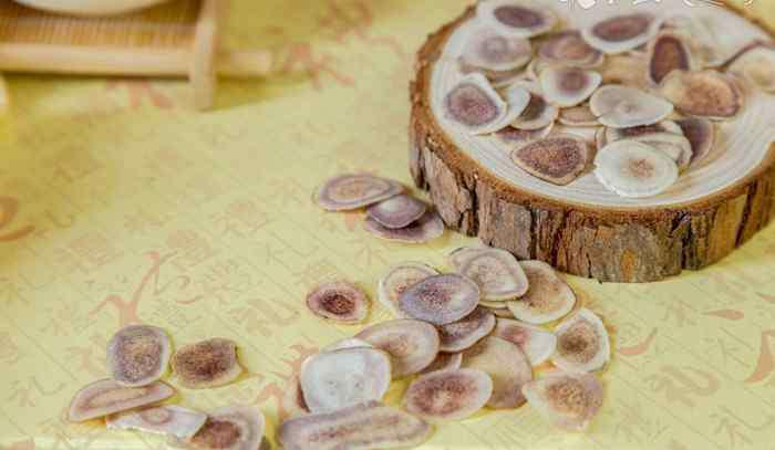 黄芩的功效与作用_黄芩的药用价值