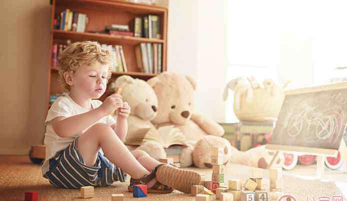 儿童玩具类型 各年龄端小孩子适合玩什么玩具 3-7岁小朋友玩具类型推荐