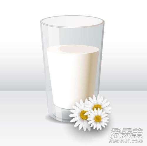 喝哪种牛奶能减肥 每顿只喝牛奶能减肥吗 牛奶和什么一起吃减肥成功案例