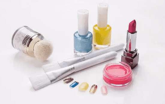 怎样化好妆 儿童妆怎么化 儿童化妆的7个步骤