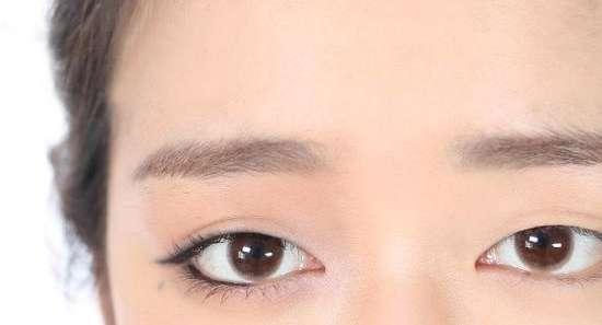 眼角下垂 眼尾下垂怎么画眼线 针对眼尾下垂、松弛的不同提拉画法