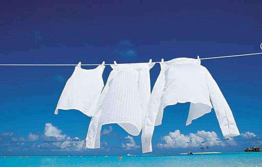 用84消毒液洗衣服步骤 用84消毒液洗衣服后还用用洗衣粉吗 洗衣服用了84消毒液需要再用洗衣粉洗一遍吗