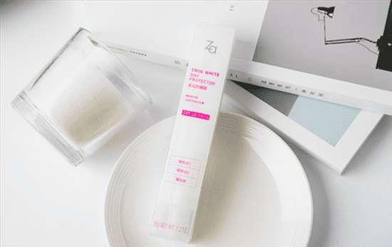za美白护肤粉 ZA的真皙美白隔离霜怎样用更好 三种用法你都会吗