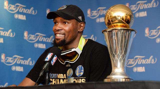 cbamvp 拿过8种MVP,篮球史上仅此1人!网友:对大CBA的MVP有没有兴趣?