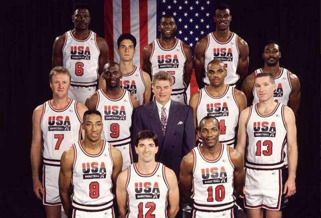 92年梦之队 92年美国梦之队有多强?全部12位成员仅一位不是名人堂球员!