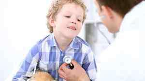 小孩尿黄是什么原因引起的 小孩子尿黄是怎么回事