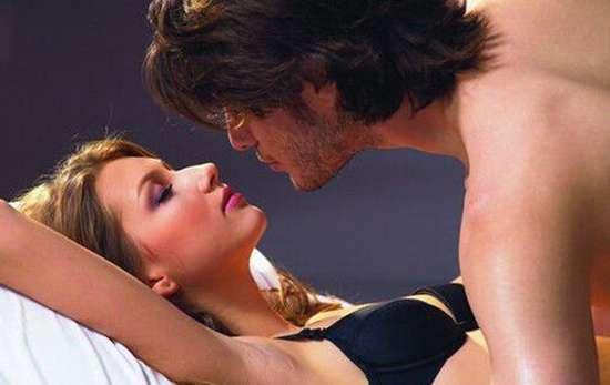 男女性交全过程 男女滚床单情节 和班草的一次欲望相聚