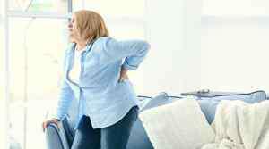 胸部有刺痛感怎么回事 一侧乳房有刺痛的感觉怎么回事