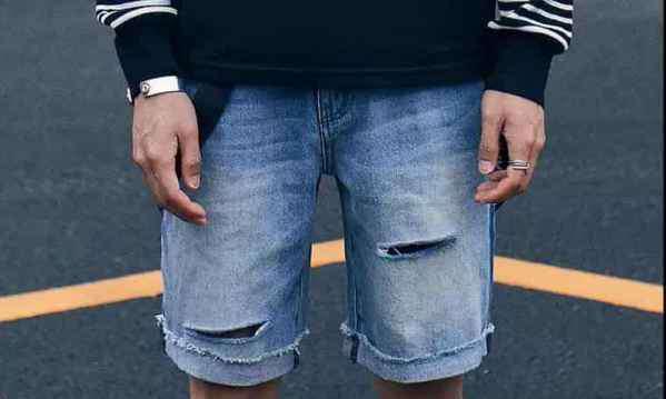 男士牛仔短裤 男生短裤怎么穿搭 单品怎么穿才不显直男