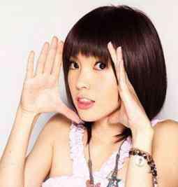 郭美美真实照片 歌手郭美美和炫富郭美美是一个人吗?郭美美有在唱歌吗真实照片(2)