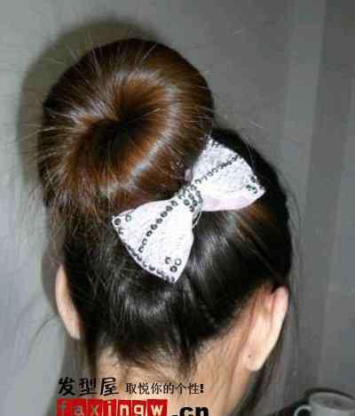 短发包包头 短发怎么梳包包头 全面的短发包包头图片