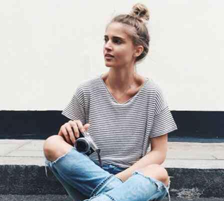 条纹t恤 条纹T恤搭配什么裤子 女生该怎么驾驭休闲的条纹T恤