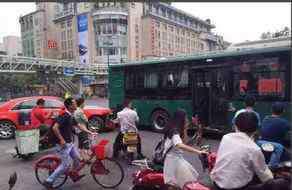 鸟叔出车祸 鸟叔出车祸死了吗?鸟叔在杭州遭遇车祸最新消息